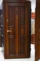 Вхідні двері з різьбленням. Магазин VDim.